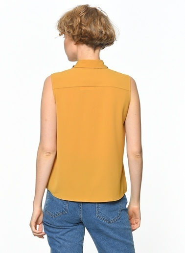 Kolsuz Yaka Detaylı Gömlek-Koton